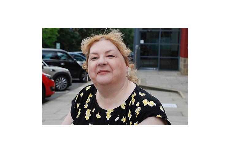 Zur PersonHelen Gavin ist klinische und forensische Psychologin und Gewaltexpertin an der britischen Universität Huddersfield und Mitautorin des Buches «Female Aggression».