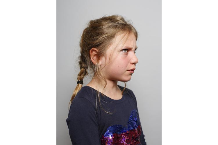 Auch wenn man es den Bildern nicht ansieht: Noemi, 10, Fay, 10, Oskar, 6, Paul, 5, und die Familie Hottenroth hatten während des Shootings sehr viel Spass. Die Szenen sind gestellt; für diese Bildproduktion mussten weder Kinder noch Eltern leiden.