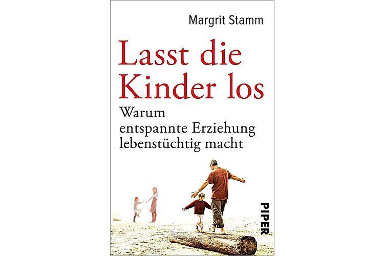 Margrit Stamm: Lasst die Kinder los. Warum entspannte Erziehung lebenstüchtig macht. Piper 2017, 288 S., ca. 28 Fr.Das Plädoyer fürs elterliche Loslassen.