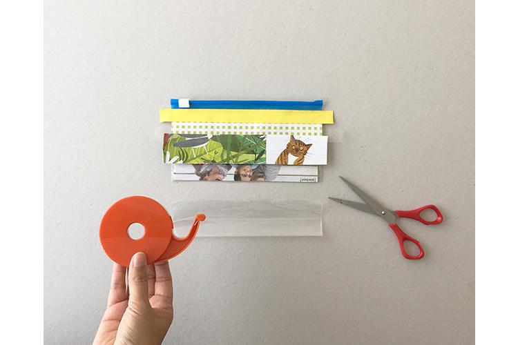 Schritt 5: Bevor der letzte Streifen aufgeklebt wird: den Beutel unten auf der ganzen Länge abschneiden. Einfach entlang des Stücks Papier im Inneren schneiden.