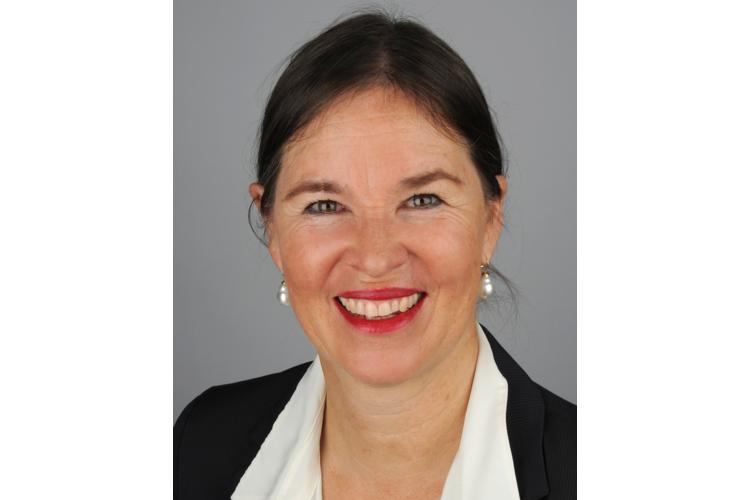 Corinne Huber coacht und berät in eigener Praxis in Basel Erwachsene, Kinder, Eltern und junge Erwachsene mit Hochsensibilität und AD(H)S. Sie ist eidg. dipl. Coach, Heilpädagogin, dipl. Craniosacral Therapeutin und Mutter von drei erwachsenen Kindern. Sie ist zudem als Fachreferentin und Gastdozentin tätig.