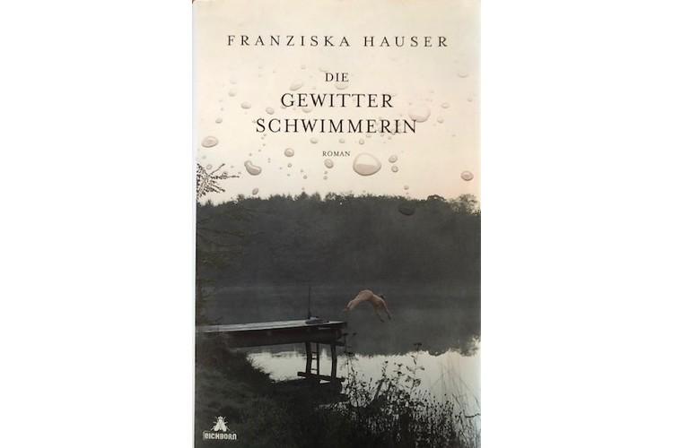 Franziska Hauser: Die Gewitterschwimmerin. btb 2019, S. 432, ca. 13 Fr.