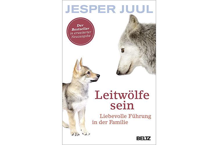 Jesper Juul: Leitwölfe sein. Liebevolle Führung in der Familie. Beltz 2018, 224 S., ca. 20 Fr. Der Bestseller des langjährigen dänischen Fritz+Fränzi-Kolumnisten.
