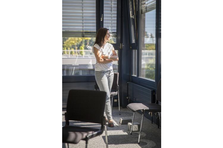 Charlotte Christener-Trechsel ist Anwältin und seit Mai 2014 für die KESB tätig; seit 2016 ist sie Präsidentin der KESB der Stadt Bern. Zuvor arbeitete sie 16 Jahre lang für das Kantonale Jugendamt Bern. Sie ist verheiratet und Mutter eines zehnjährigen Sohnes und einer siebenjährigen Tochter.