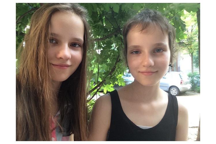 4/5 Léni und ihre Schwester Finnja nach Abschluss der Behandlung ...