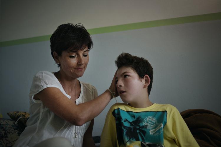 Vertraute Zweisamkeit: Tanja Goirgi mit ihrem Sohn Elia.