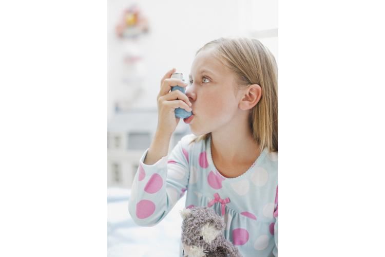 Kinder können heute gut mit Asthma leben – dank moderner Therapiemöglichkeiten.