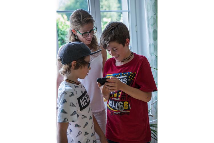 Evi Gwerder mit Laurin und Silas