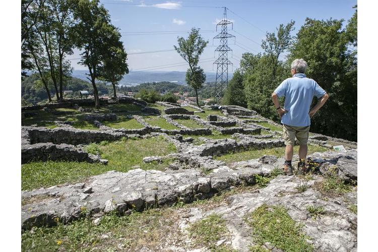 5/5 Heute ist aus den Überresten der Siedlung ein faszinierender archäologischer Park entstanden