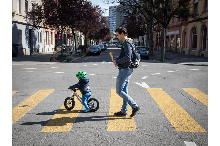 «Für mich ist es ein sehr gutes Gefühl, zu wissen, dass ich für meinen Sohn eine wichtige Bezugsperson bin», sagt Alain Mazenauer.