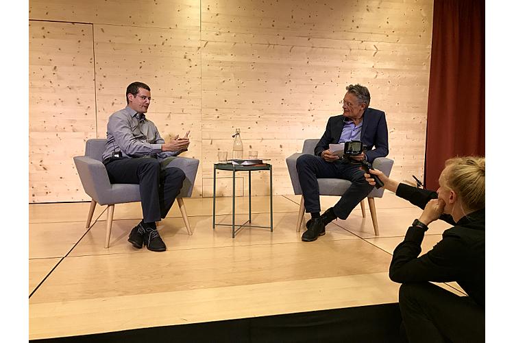 Talk im Kulturpark: Am 2. September 2019 sprachen Chefredaktor Nik Niethammer und Psychologe Fabian Grolimund (l.) über das Thema «Wie Schule gelingt».
