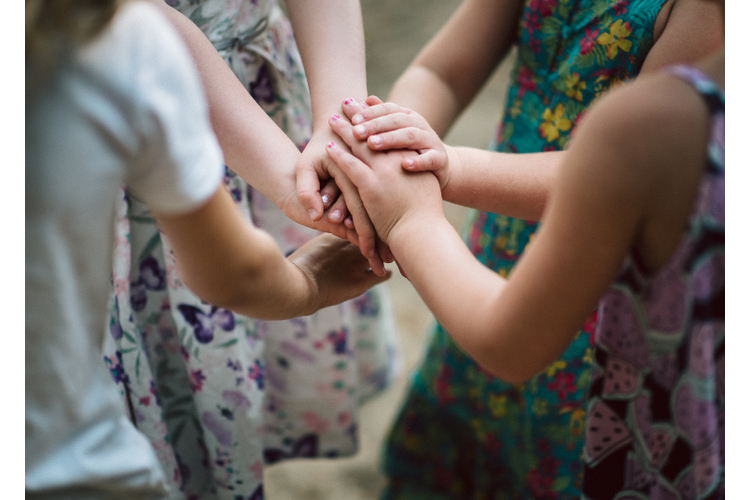 In die Psychomotorik gehen häufig Kinder mit sowohl motorischen als auch sozioemotionalen Auffälligkeiten.