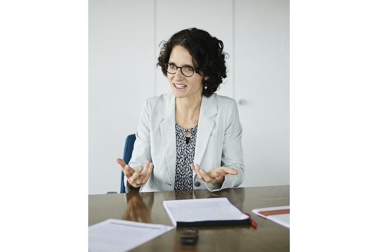 «Die Schweiz investiert zu wenig in Familien», sagt Bettina Fredrich.