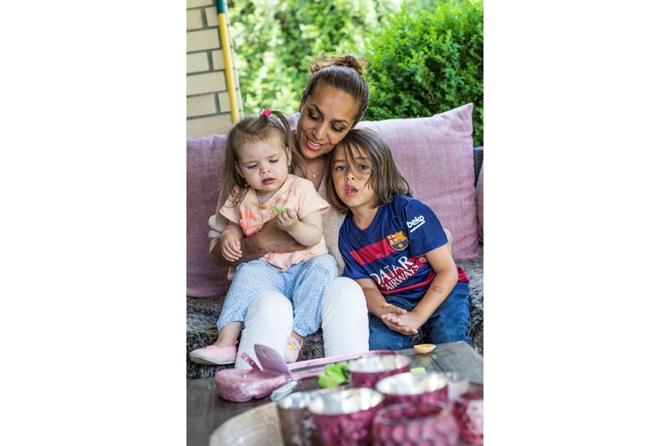 Angie Nock mit Alisha und Jamie