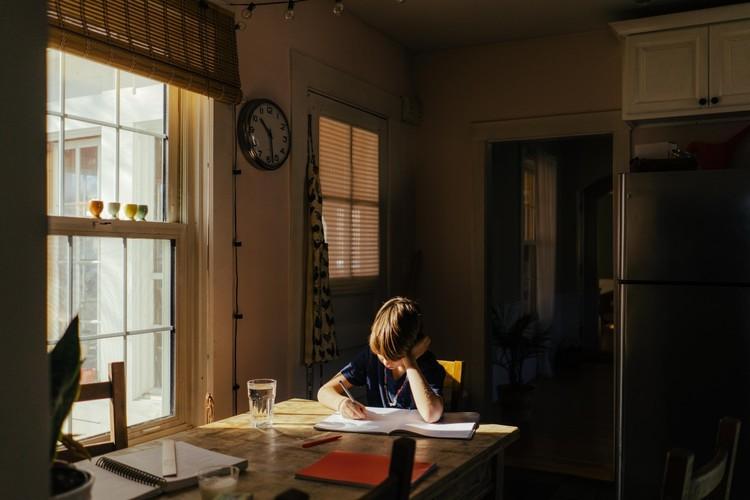 Lesen Sie den Artikel «Werden Buben in der Schule benachteiligt?»