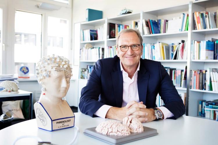 Studierende der Uni Zürich haben den Neuropsychologen Lutz Jäncke wiederholt zum besten Dozenten gewählt.