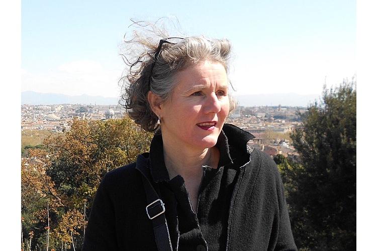 Theresia Buchmann ist Psychomotorik-Therapeutin und Systemberaterin sowie Initiatorin von www.kinderstarkmachen.ch. Sie ist verheiratet, Mutter von zwei erwachsenen Kindern und lebt in Luzern. (Bild: Theresia Buchmann / www.kinderstarkmachen.ch)