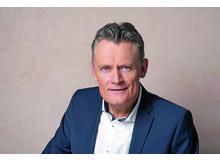 Nik Niethammer ist Chefredaktor und Vater einer Tochter, 7 und eines Sohnes, 9.