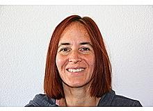 Christine Amrhein ist Psychologin und arbeitet seit über zehn Jahren als freie Wissenschaftsjournalistin in München. Aus ihrer Sicht ist es sehr sinnvoll, in einer Welt, in der Vielredner und Selbstdarsteller viel Aufmerksamkeit bekommen, auf die besonderen Eigenschaften von Introvertierten hinzuweisen.
