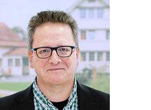 Thomas Witte ist seit sechs Jahren Leiter Marketing und Kommunikation der Stiftung Kinderdorf Pestalozzi. Als Vater von drei Kindern setzt er sich im familiären und schulischen Rahmen mit den Kinderrechten auseinander.