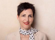 Éva Berger arbeitet als Stiftungssekretärin bei der Stiftung Elternsein, die das Elternmagazin Fritz+Fränzi herausgibt. Die gebürtige Ungarin hat drei erwachsene Söhne.