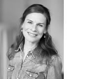 Julia Meyer-Hermann schreibt seit vielen Jahren über entwicklungspsychologische Themen – und entdeckt nach wie vor bei jeder Recherche und jedem Interview etwas, das sie fasziniert. Die Journalistin lebt mit ihrer Tochter, 13, und ihrem Sohn, 7, in Hannover.