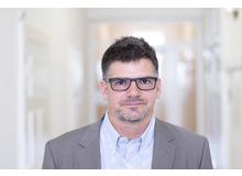 Marc Schmid ist leitender Psychologe und Bereichsleiter der Kinder- und Jugendpsychiatrischen Forschungsabteilung der Universitären Psychiatrischen Kliniken Basel.