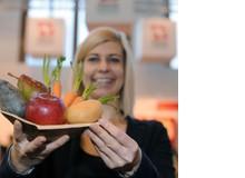 Moana Werschler liebt Gemüse und arbeitet in der Gemüsebranche. Sie kocht zu Hause vegetarisch, frisch und saisonal. Ausserdem ist sie Mama- und Foodbloggerin: Auf